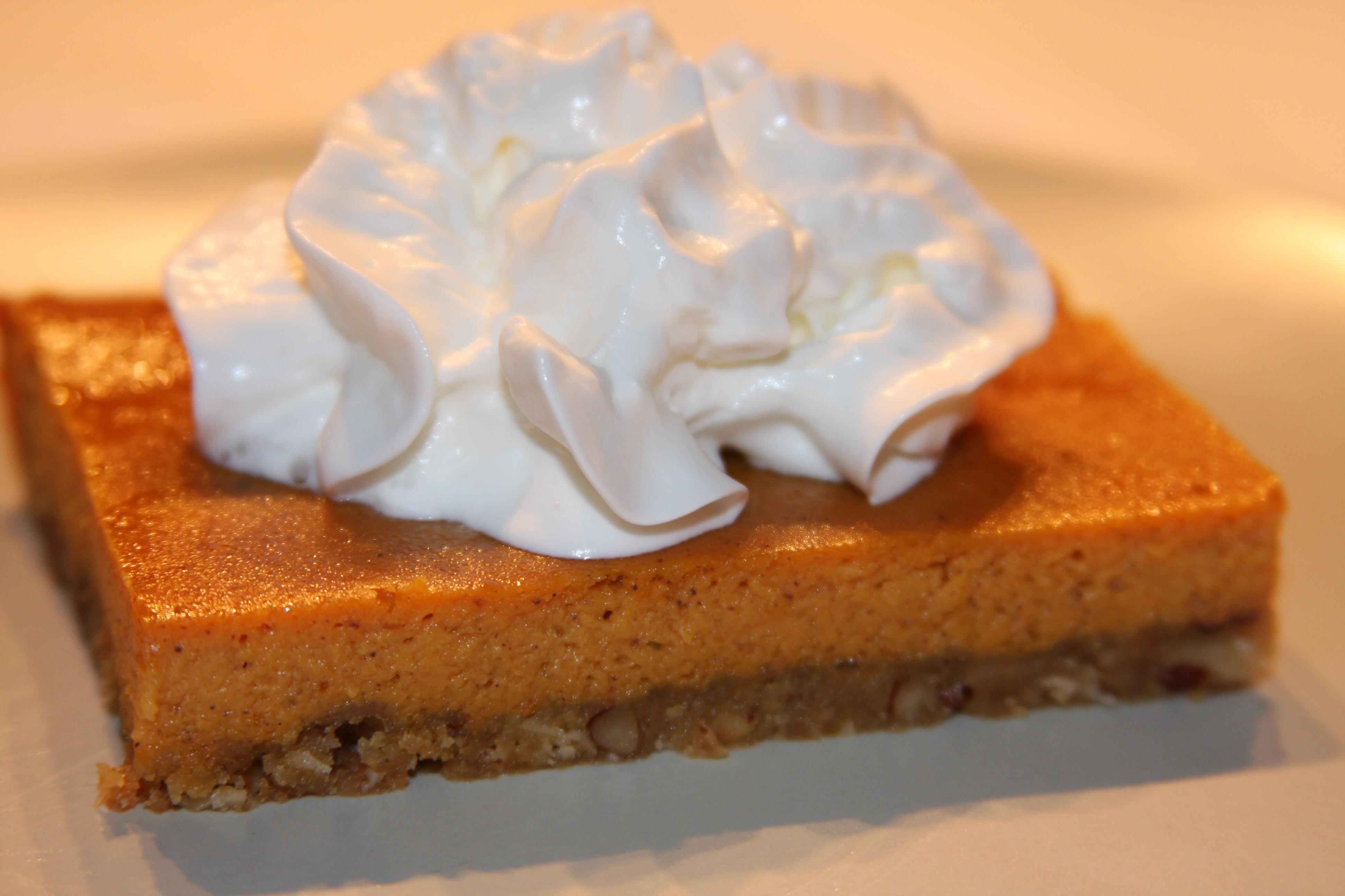Pumpkin Pie Squares | OhMyGoodyGoodness